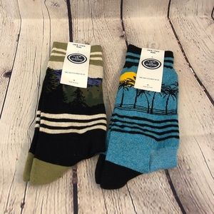 Life is Good 2 Pairs of Men's Cushioned Crew Socks